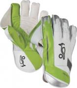 Kooka Pro 1500 Wicket Keeping Goloves.jpg